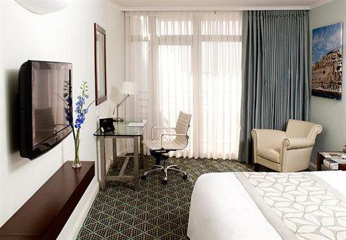 Отель Renaissance Tel Aviv отзывы